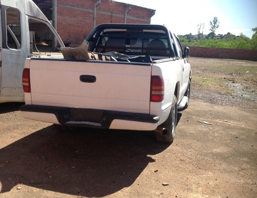 sucata dodge dakota ano 1999 diesel 115 cvs