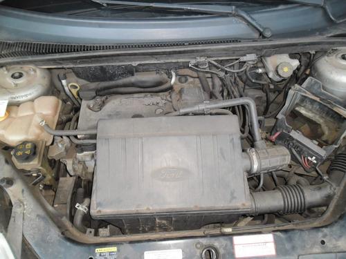 sucata fiesta 05 hatch 1.0 gas. pra tirar peças capo motor