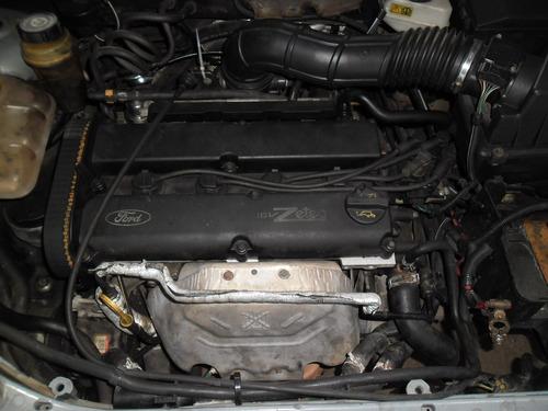 sucata focus sedan 2.0 16v 02 pra tirar peças motor cambio