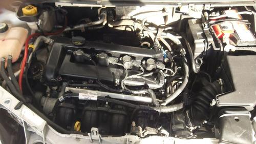 sucata focus titanium 2.0 aut peças motor cambio lataria