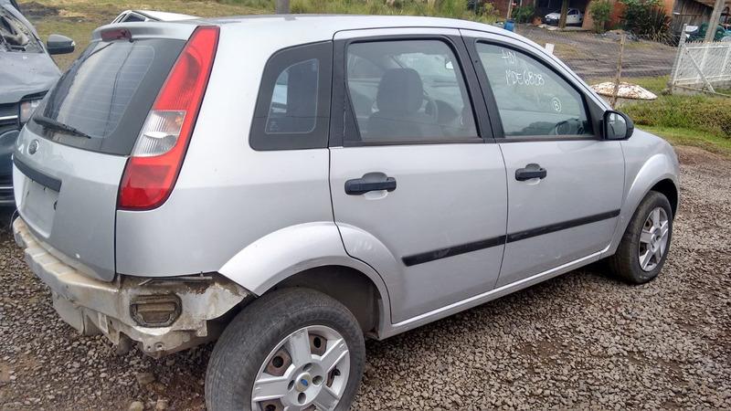 sucata ford fiesta 1.6 2006 gasolina - rs peças