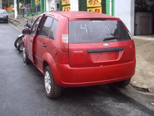 sucata ford fiesta 1.6 p/ peças motor câmbio lataria vidros