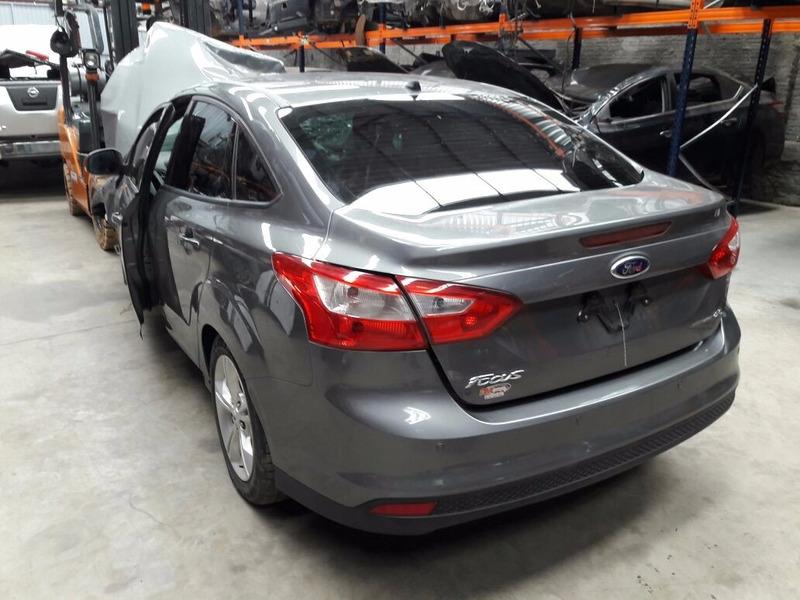 sucata ford focus sedan 2.0 16v power shift 178cv