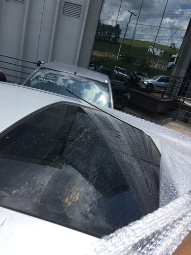 sucata ford focus sedan 2.0 ghia retirada peças