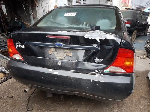 sucata ford focus sedan 2.0 l fc 2001 (somente peças)
