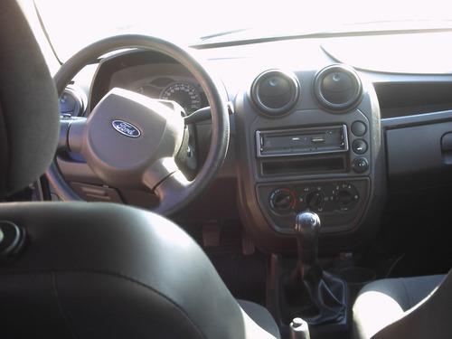 sucata ford ka carroceria tapeçaria suspensão acessórios etc