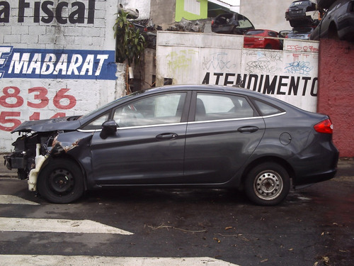 sucata ford new fiesta lataria lateral tampa traseira painel
