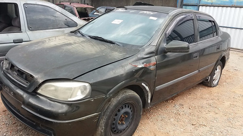 sucata gm astra sedan gls - ano: 2000/2000 (somente peças)
