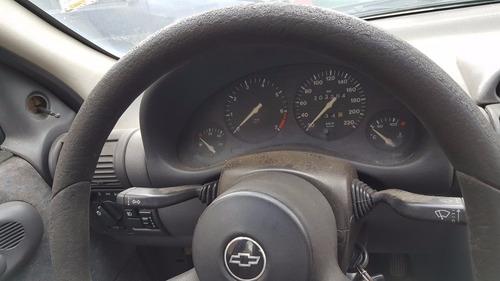 sucata gm corsa sedan 1996 ( somente peças)
