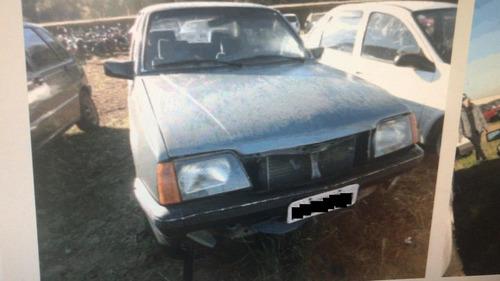 sucata gm monza 4cc 1988  retirada de peças