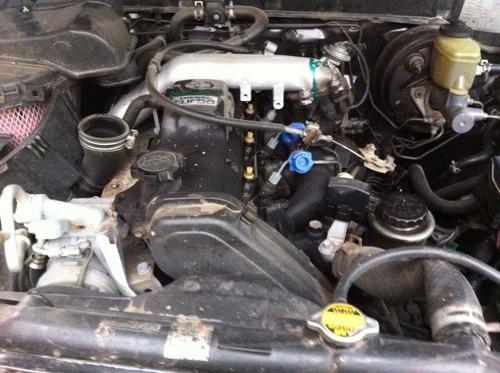 sucata hilux sw4 4x4 2.8 diesel 1998 para retirada de peças