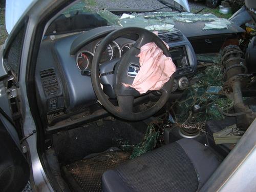 sucata honda fit 2006/07 gasolina  - rs peças
