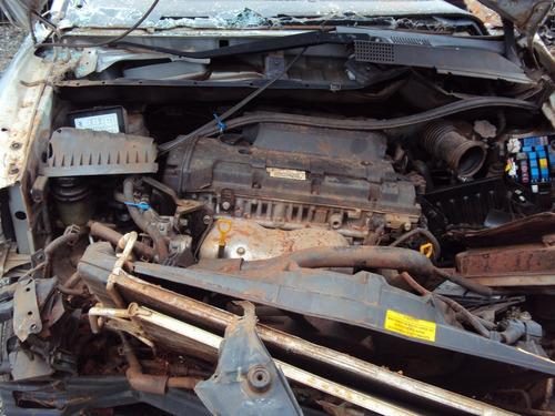 sucata hyundai tucson 2.0 gasolina 2010 para retirar peças