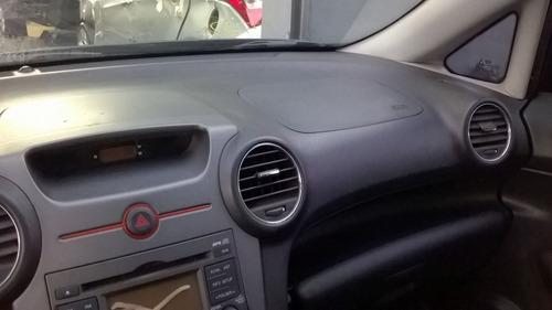 sucata kia  carens automático