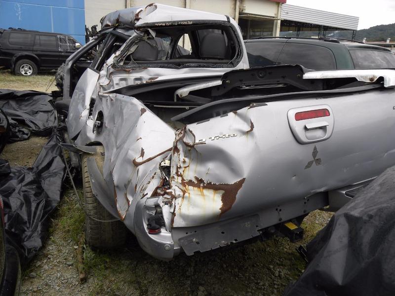 sucata mitsubishi l200 triton 2013 3.2 diesel