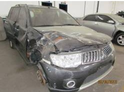sucata mitsubishi pajero dakar diesel 2011 retirada de peças