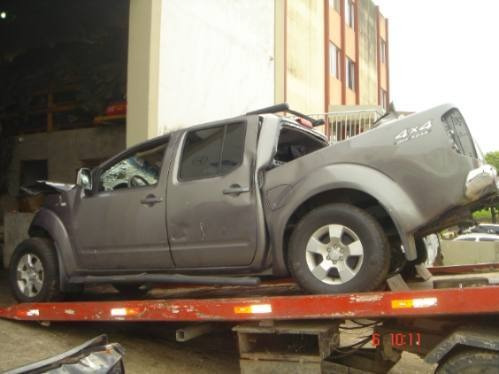 sucata nissan frontier le 4x4 turbo diesel peças cambio 2009