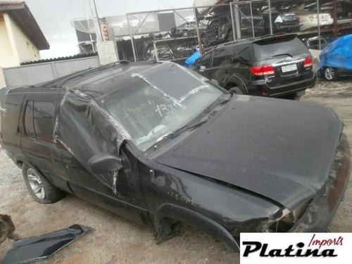 sucata nissan pathfinder 2005  para retirada de peças
