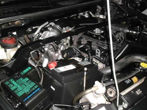 sucata pajero tr4 2.0 16v flex 4x4 09 pra tirar peças motor