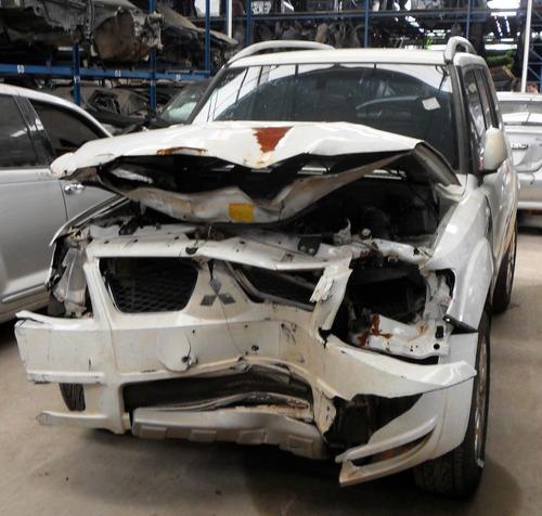 sucata peças acessórios pajero tr4 2012