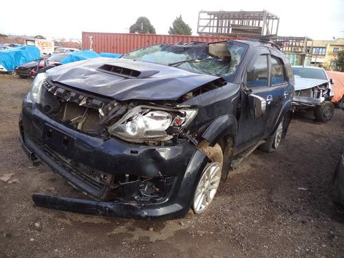 sucata peças hilux sw4 3.0 4x4 diesel 2012