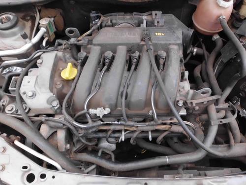 sucata renault clio sedã rt 1.6 - 16v - a gasolina / 2001