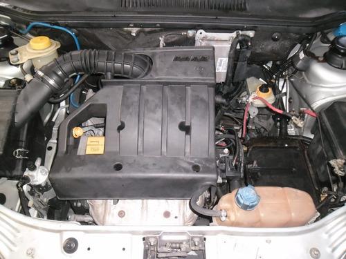 sucata siena 2005 elx 1.0 gas. pra tirar peças capo motor