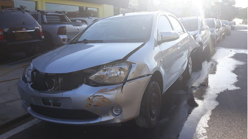 sucata toyota etios sedan 1.5 (flex) 2016 - peças