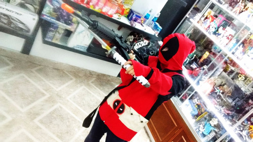sudadera deadpool batman dragon ball totoro pokemon fnaf