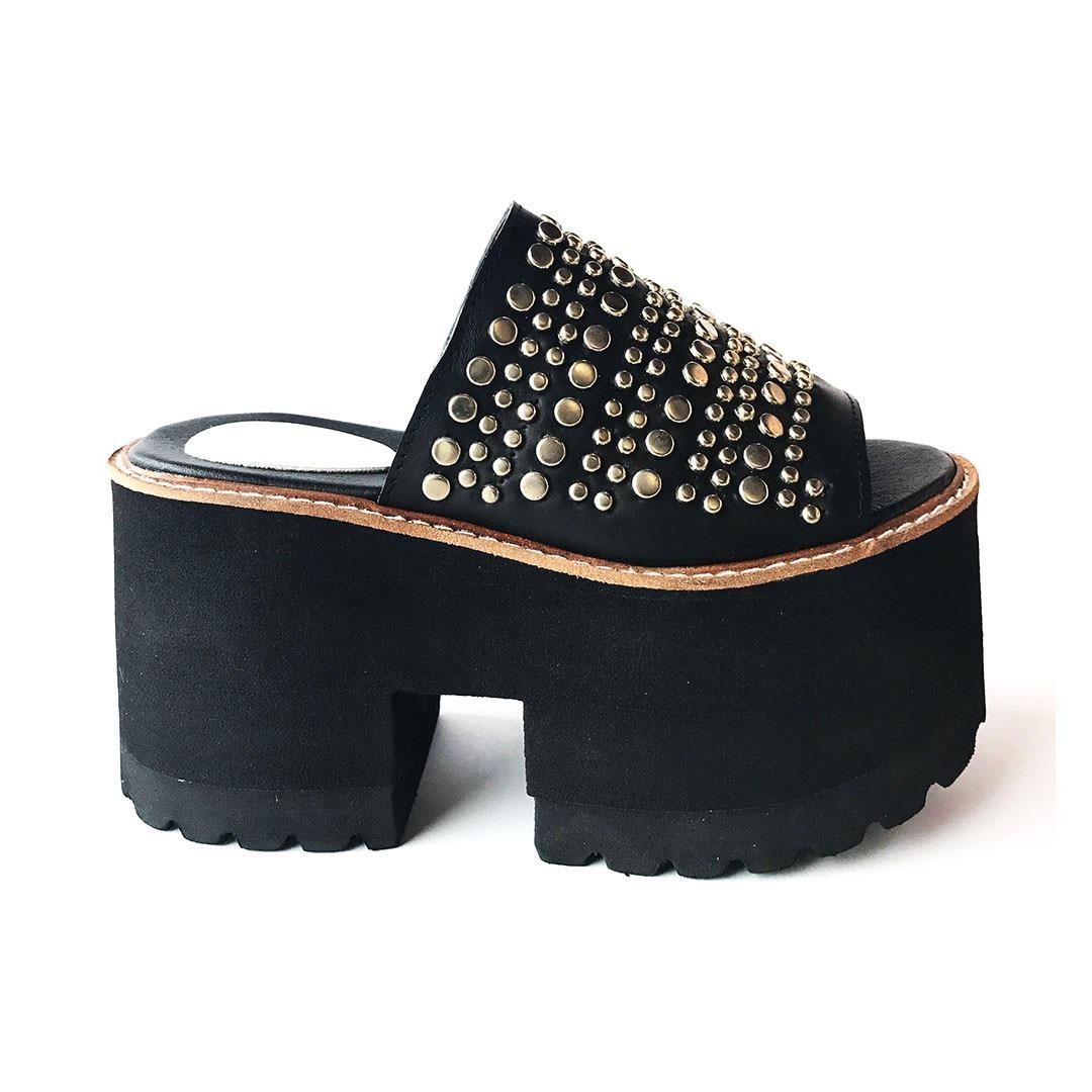 estilos de moda nuevas variedades últimas tendencias de 2019 Suecos Cuero Plataforma Tachas Zapatos Mujer Verano 2019