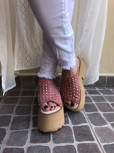 suecos plataforma mujer gamuza tachas faja joaquina