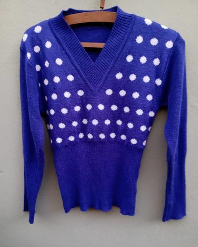 suéter elastizado al cuerpo lunares