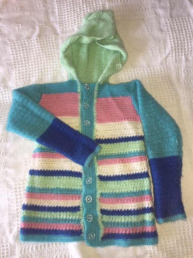 suéter tejido de niña en lana hecho a mano. Cargando zoom. 2f9a3a9ccdc8
