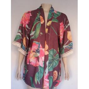7346587803 Kimono Feminino Estampado Manga Curta Crepe Guipir Na Mangas