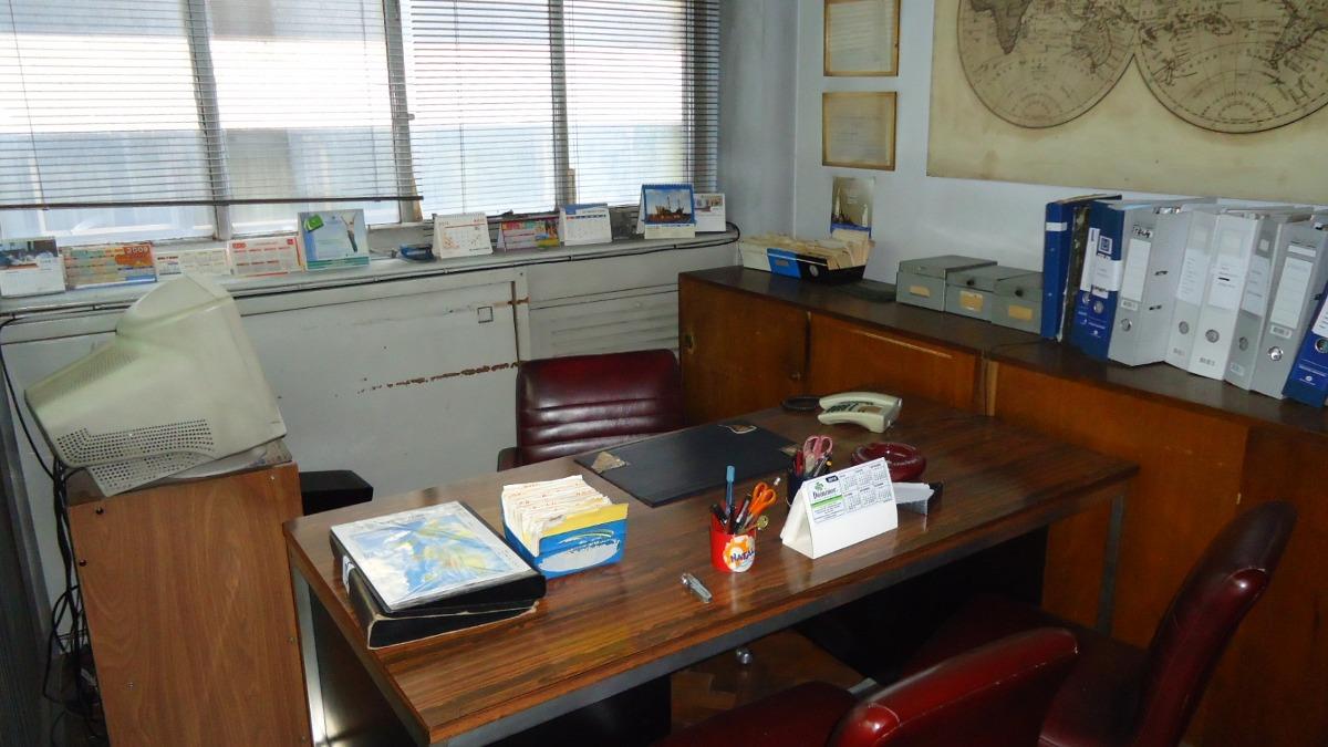 suipacha 1100 - excelente oficina al frente