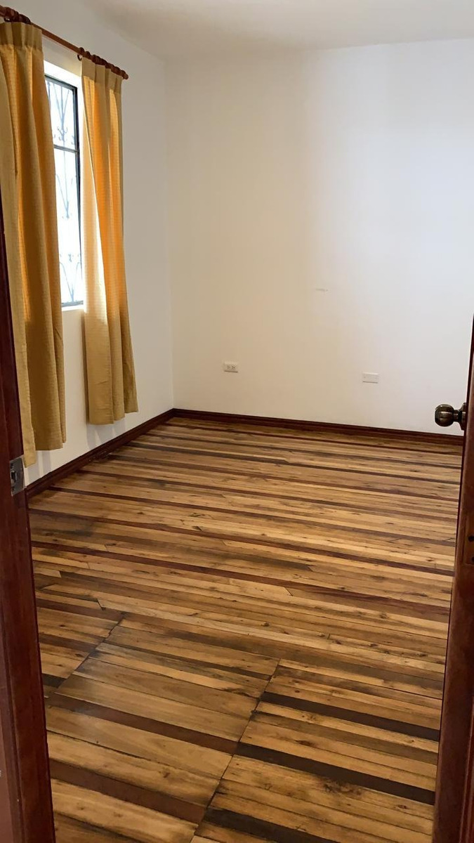 suite de 1 dormitorio en centro histórico de quito.