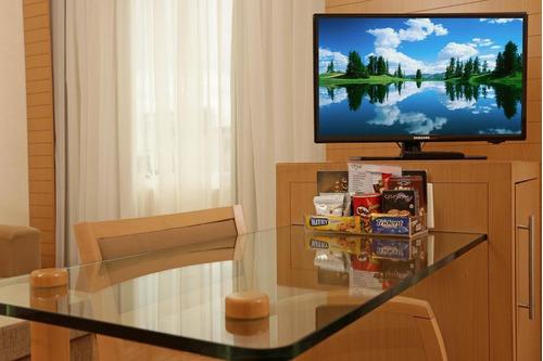 suíte sala de estar banheiro e cozinha 28m² (11) 97119-0488