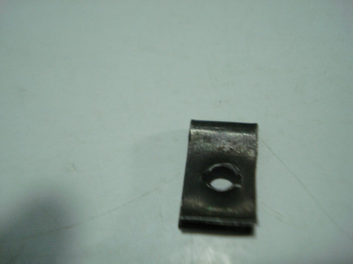 sujetadores contratuercas o ganchos metalicos (combo 6 pzas)