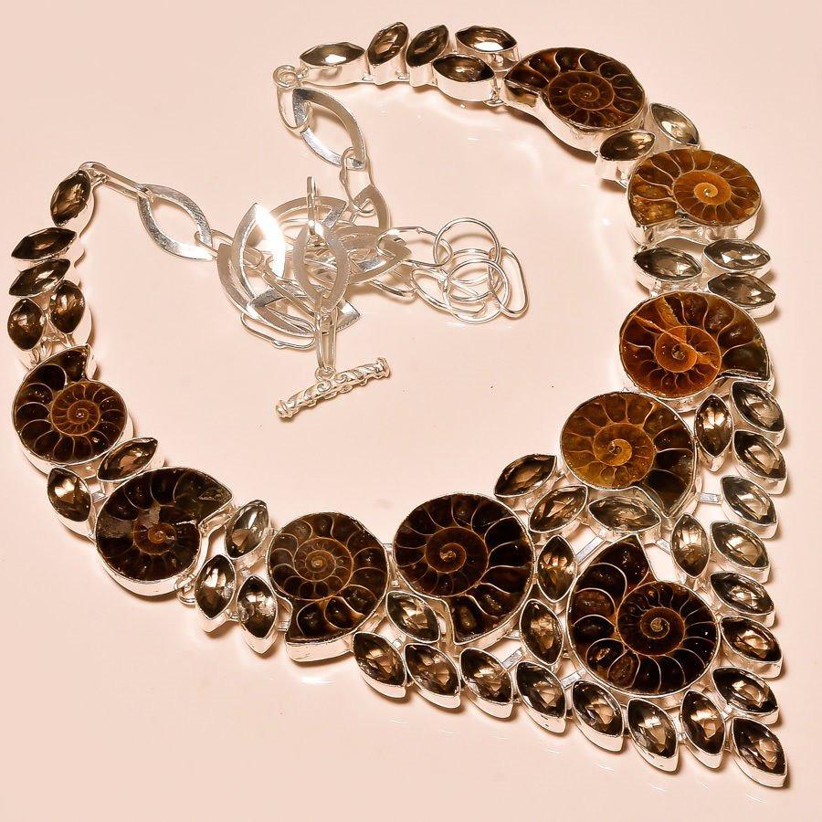 2fdd90d0ceef suntuoso collar de amonites y topacios ahumados plata 925. Cargando zoom.