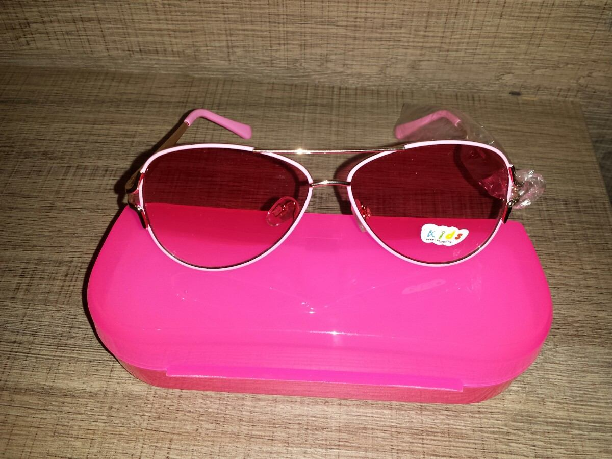 03fdd255ee6d7 Super Novidade! 1 Óculos De Sol Izabella Cúmplice Larissa !! - R  89 ...