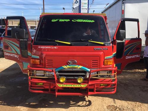 super oferta camion daihatsu delta 1999 cama cortta 100%