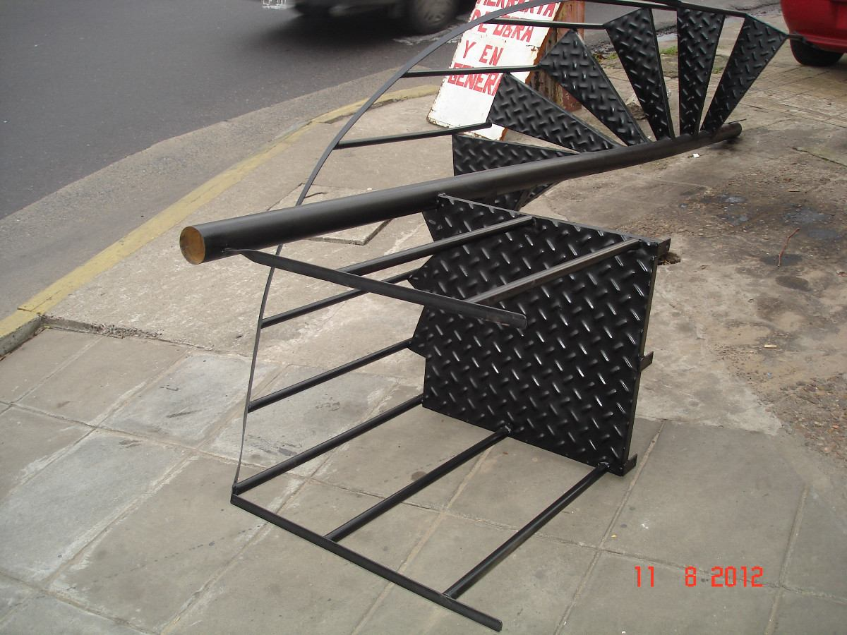 Como hacer una escalera metalica escaleras de caracol Como hacer una escalera caracol