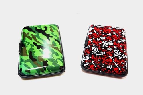 super pack de 10 billeteras de aluminio con diseño