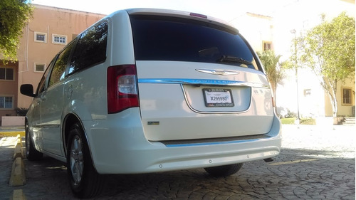 super van chrysler 2011 full