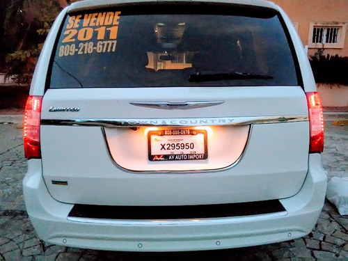 super van chrysler 2011 full limited casi nueva