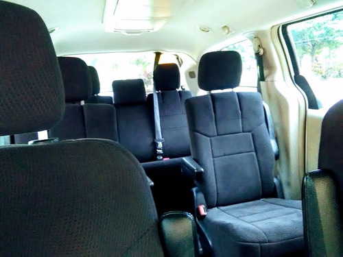super van chrysler 2011 full limited condicion como nueva