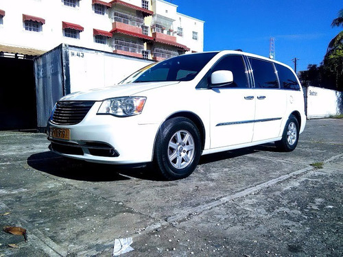 super van chrysler 2011 full limited condicion como nueva