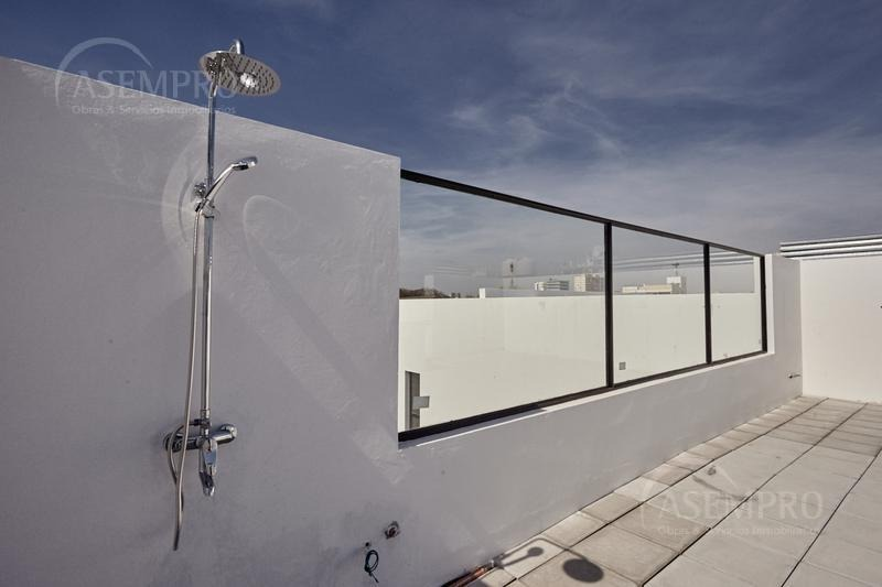 superluminoso con balcon - apto prof.