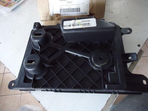 suporte bateria fusion 09 10 11 12 original 9e5z-10732-b