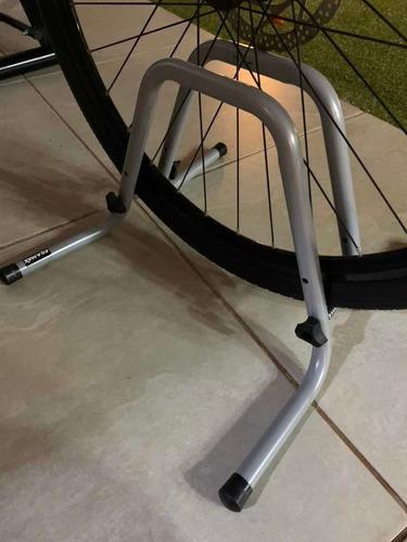 suporte de bike para estacionamento bicicletário chão eqmax